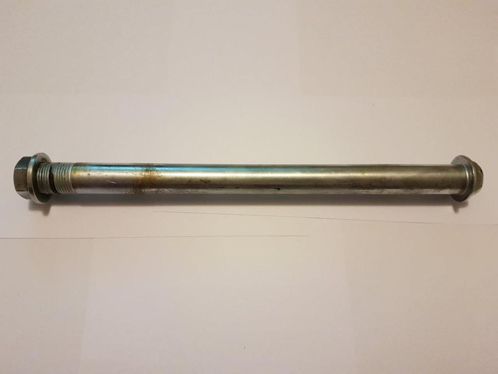 KR-1 Swing Arm Shaft and Nut